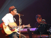 Glenn Fredly tribute to Chrisye