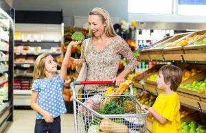 Membawa Anak ke Supermarket